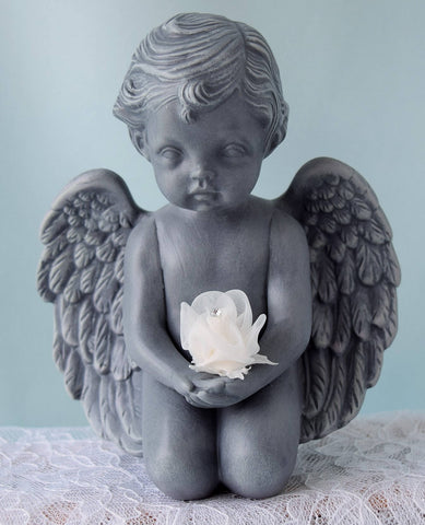 Valentine Cherub | Angel With Flower