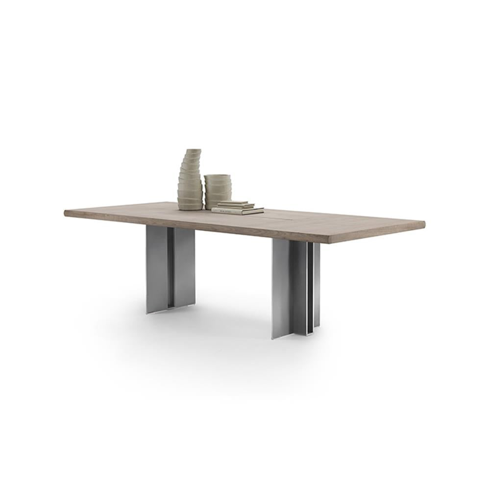 Spello Dining Table by Flexform