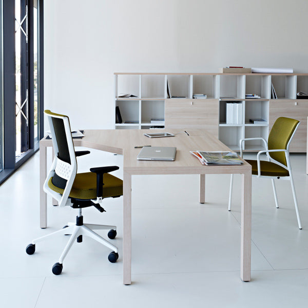 Prisma Executive Desk by Actiu - Innerspace - 13