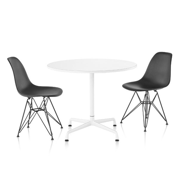 Eames Segmented Round Table by Herman Miller - Innerspace - 1