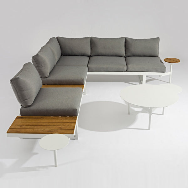 Solaro Outdoor Lounge by Innerspace