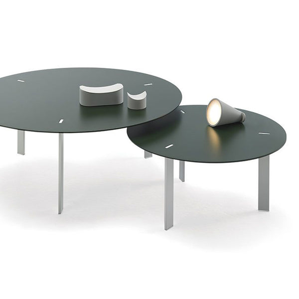 Ryutaro Table by Viccarbe