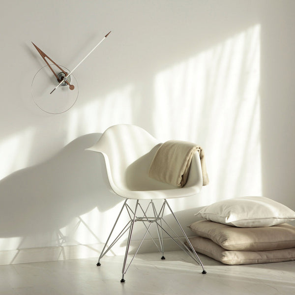 Cris Wall Clock by Nomon - Innerspace - 1