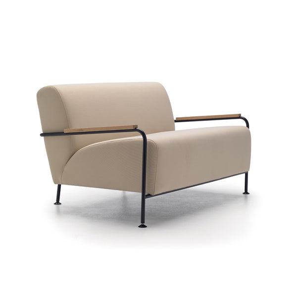 Colubi Armchair by Viccarbe