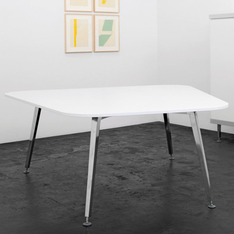XF Table by Innerspace - Innerspace - 1