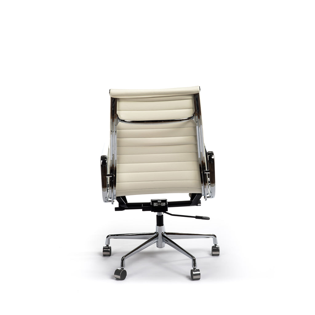 Richard Chair - Hard Pad