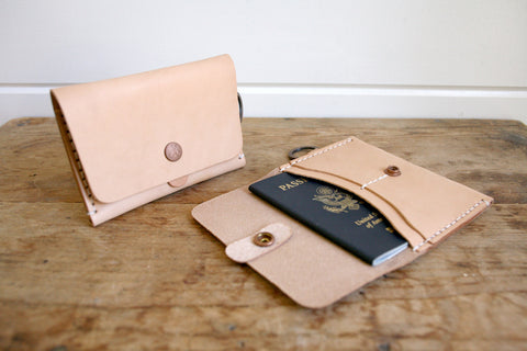 Travel Wallet (Natural)