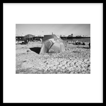 Beach 04, Framed Photograph by Laleh Latini