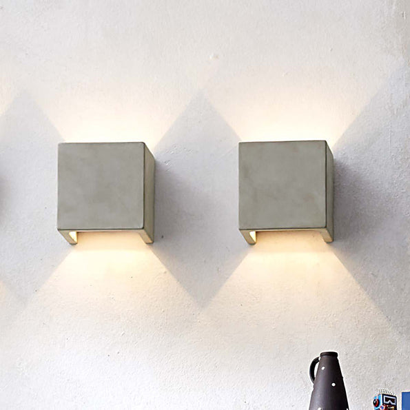 Castle Wall Square Lamp
