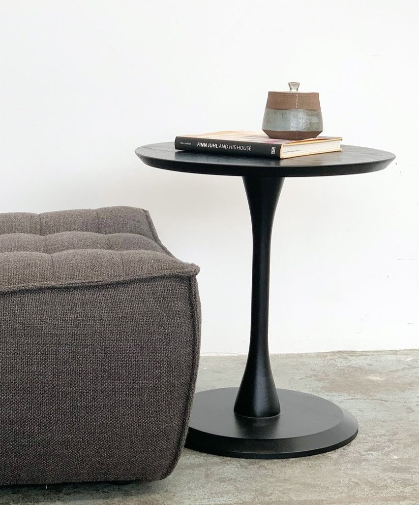 Madpakke Table - Black Ash