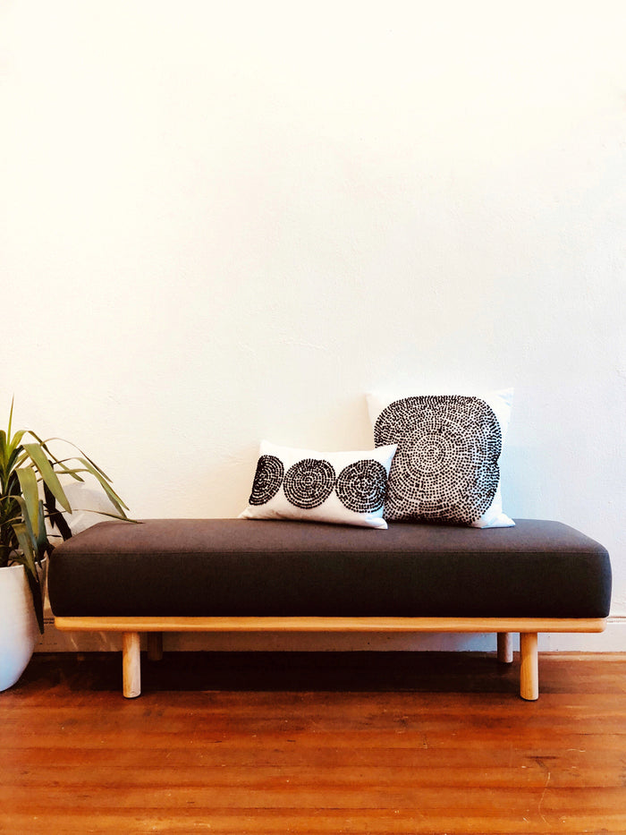 Woody Bench - Charcoal Gray