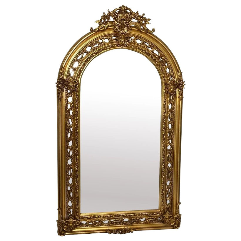Decorative mirrors & wall hangings
