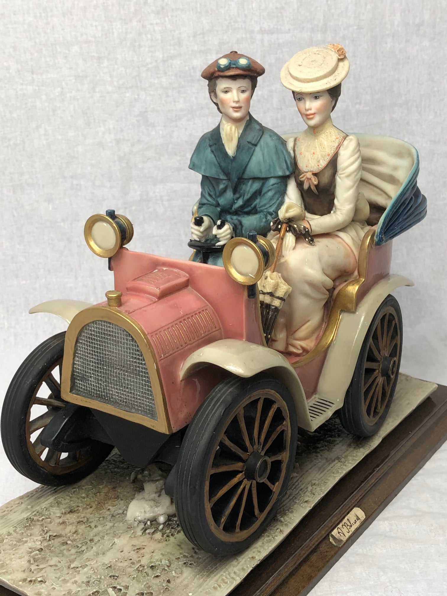 1 Porcelain Lady & Gentleman Touring In Car Ornament Sculpture Signed A Belcari