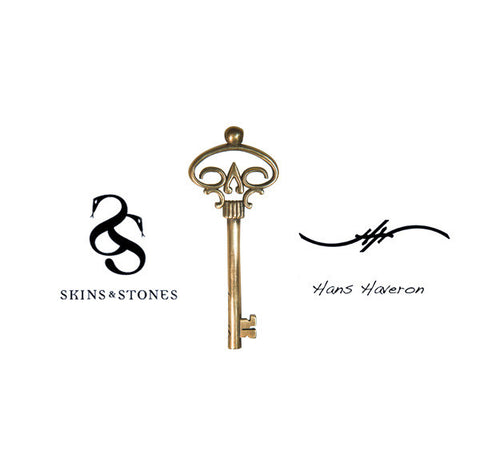 Official Hans Haveron Tattoo Skeleton Key Pendant - Mini