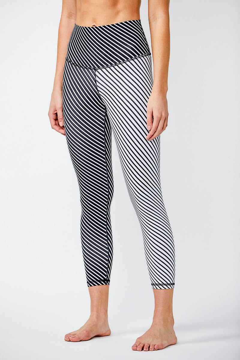 Signature Tight - Black White Stripe Mix