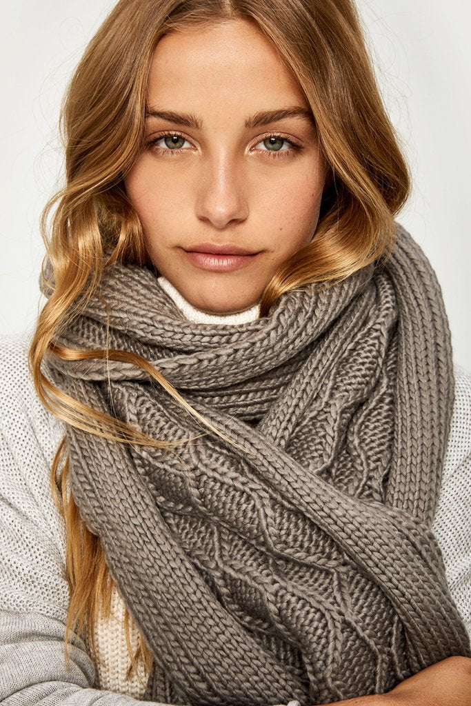 Chunky Knit Scarf - Final Sale - Final Sale