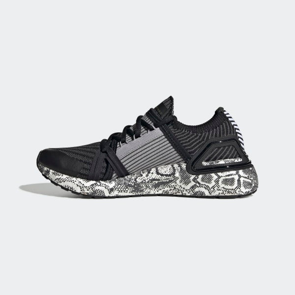 Ultra Boost - Black - Final Sale