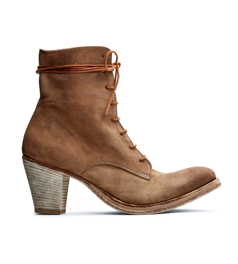Laura Bootie in Washed Sabbia
