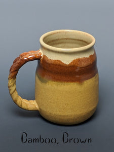 Pottery mug, teardrop style with handle