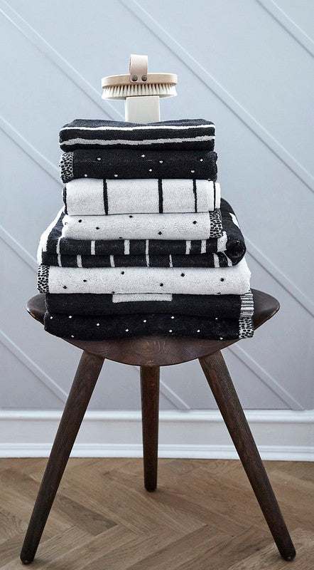 Large Puun Towel - Black / White