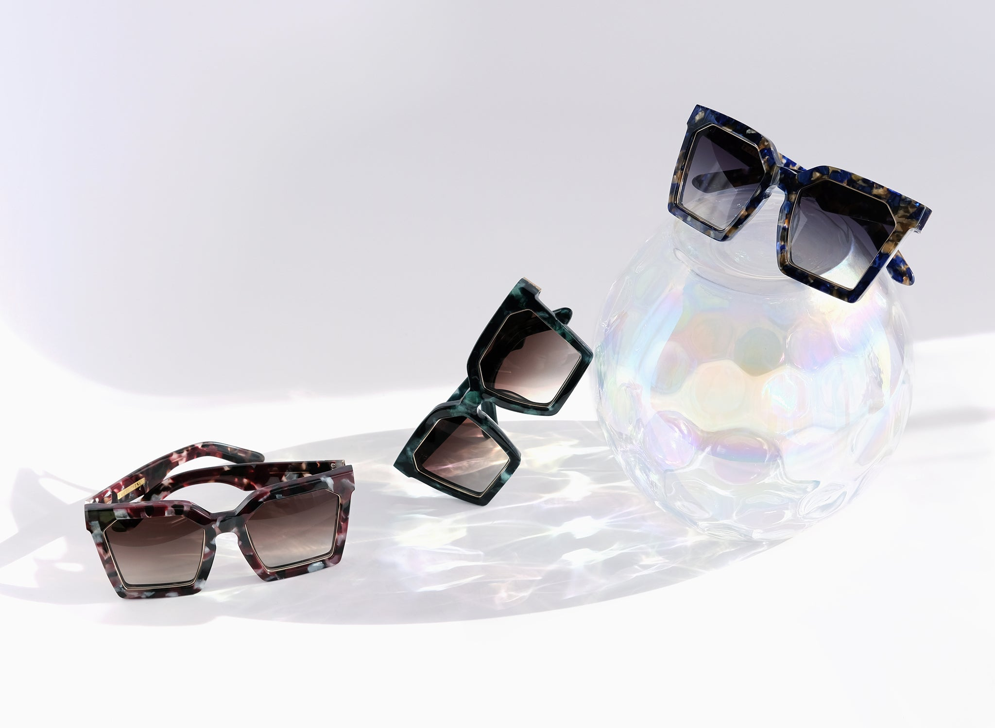 LAS ISLAS OVERSIZED SQUARE SUNGLASSES