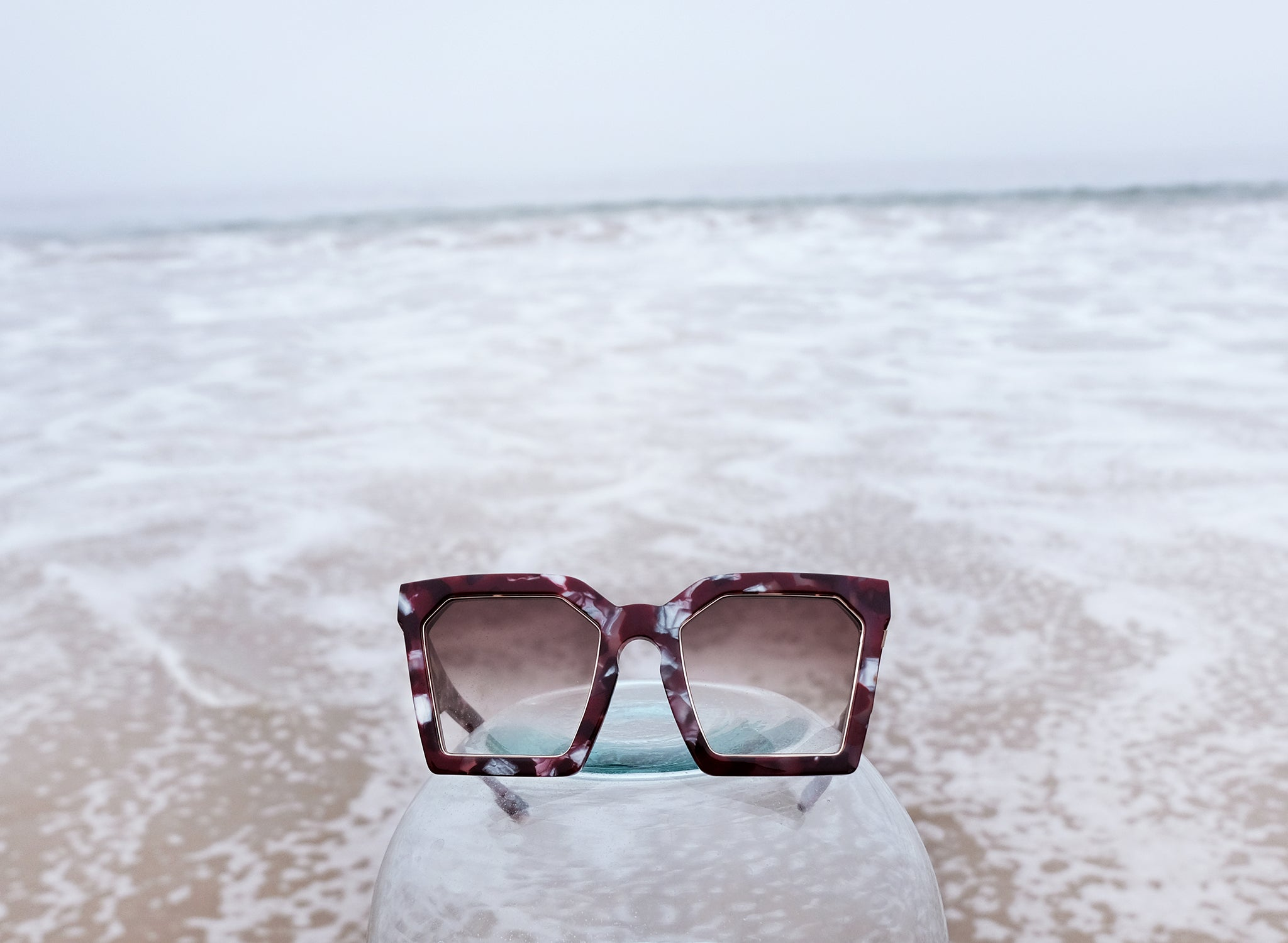 LAS ISLAS IN RUBY TORTOISE, MAROON RED OVERSIZED SQUARE SUNGLASSES