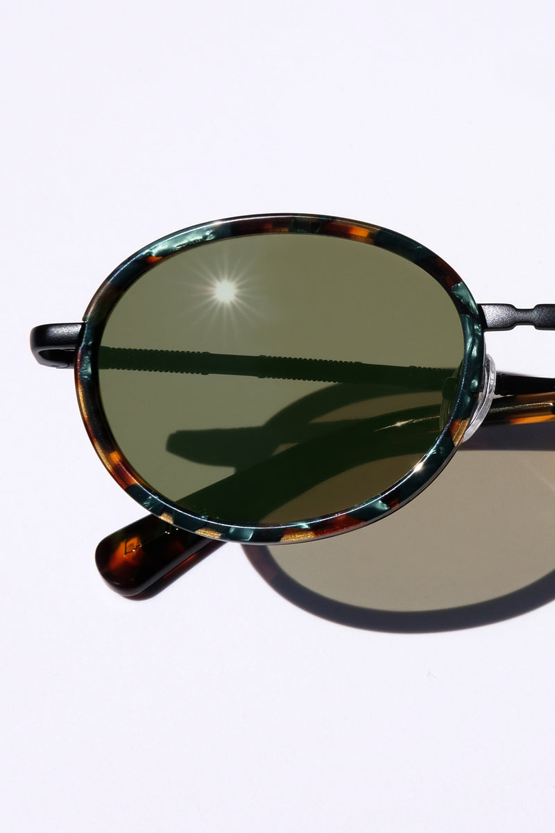 Unisex Glasses, Woman Owned Small business, Classic Round Sunglasses, Classic Oval Metal Glasses, Matte Black Accessories, Art Deco Inspired, Galapagos Island, Wanderlust inspo, marine iguana, eclectic fashion, luxury sunglasses, celebrity style,