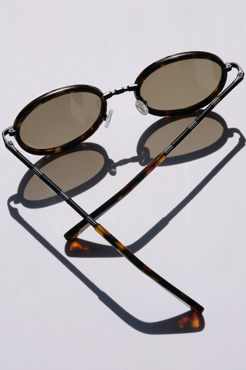 Unisex Glasses, Woman Owned Small business, Classic Round Sunglasses, Classic Oval Metal Glasses, Matte Black Accessories, Art Deco Inspired, Galapagos Island, Wanderlust inspo, marine iguana, eclectic fashion, luxury sunglasses, celebrity style