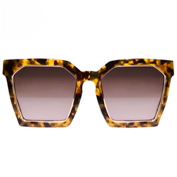 OVERSIZED TORTOISE BROWN SQUARE SUNGLASSES.