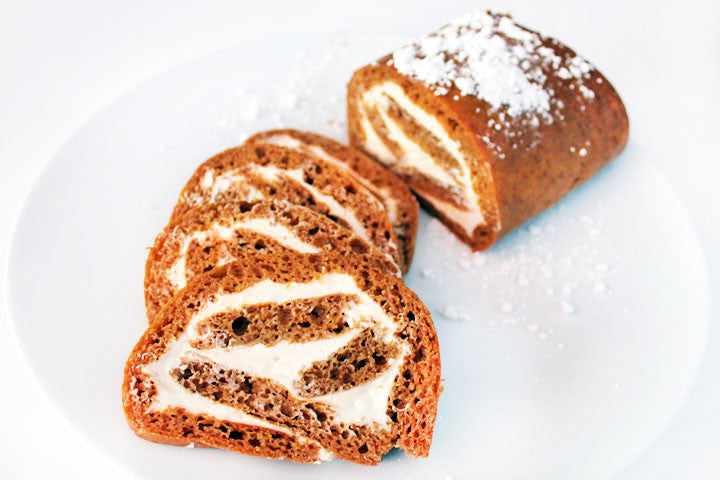 Pumpkin Roll (w/Creamy Maple Filling)