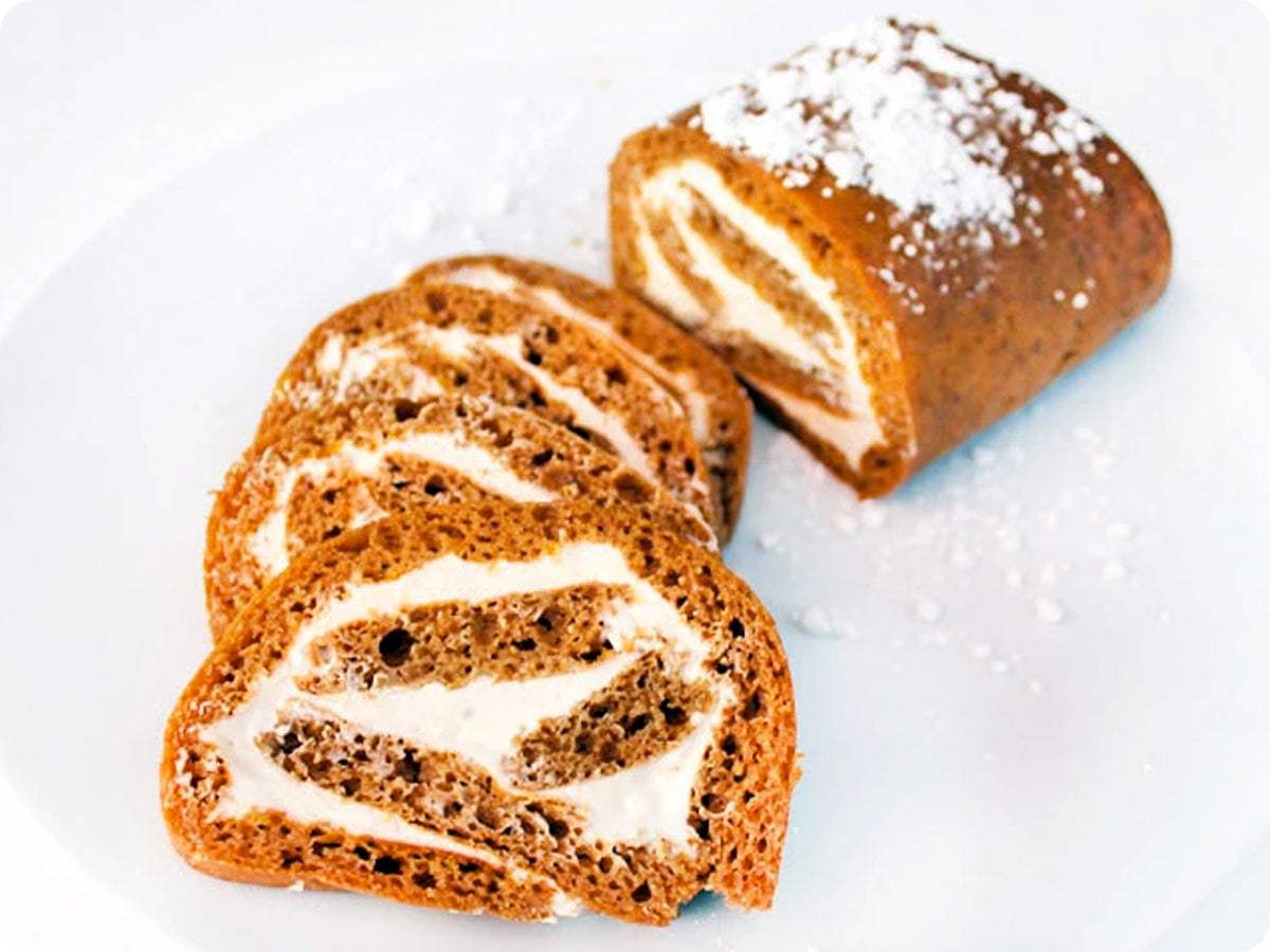 Pumpkin Roll with Creamy Maple Filling