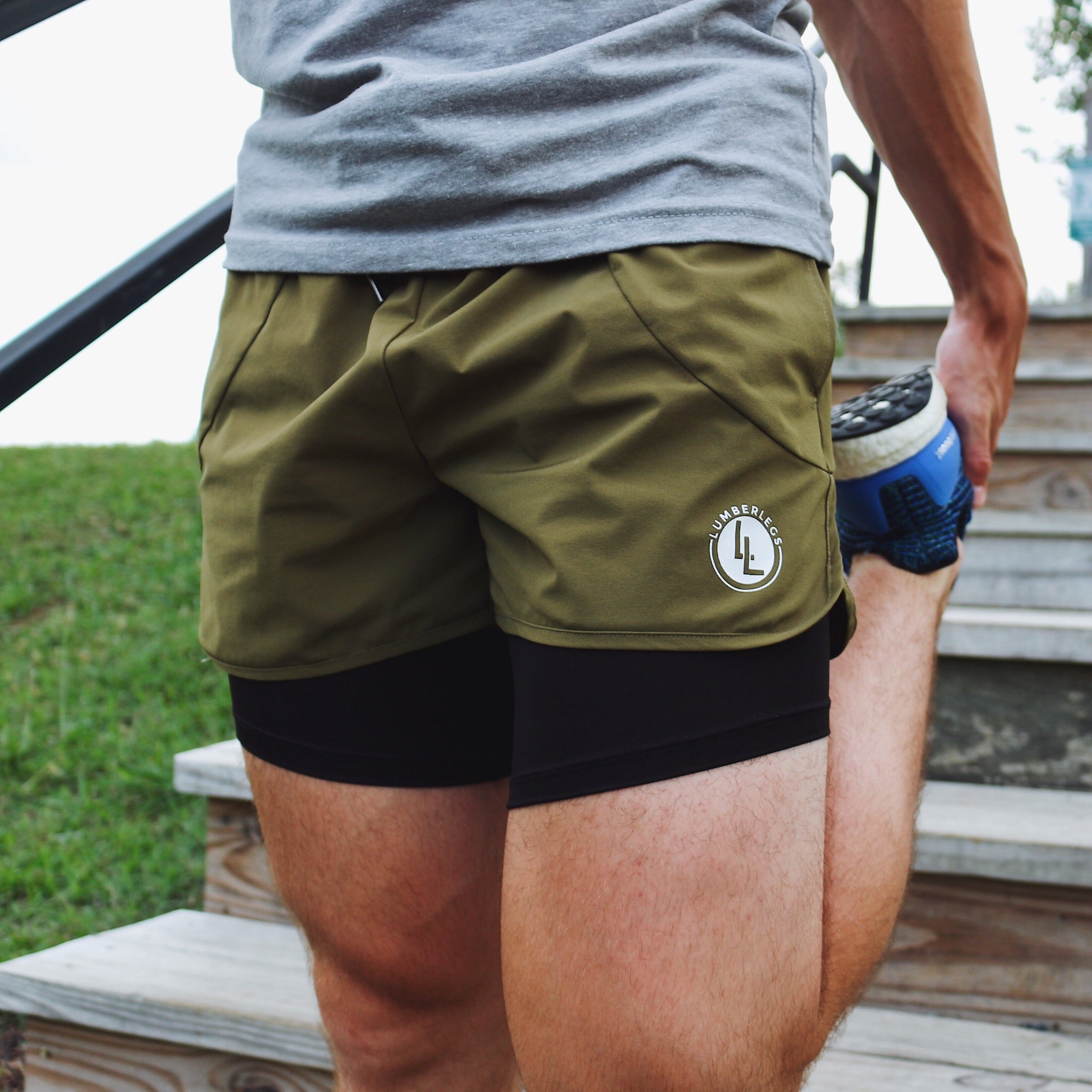 LEG DAY SHORTS ARMY GREEN