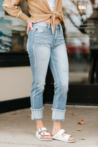 The Looker Ankle Denim