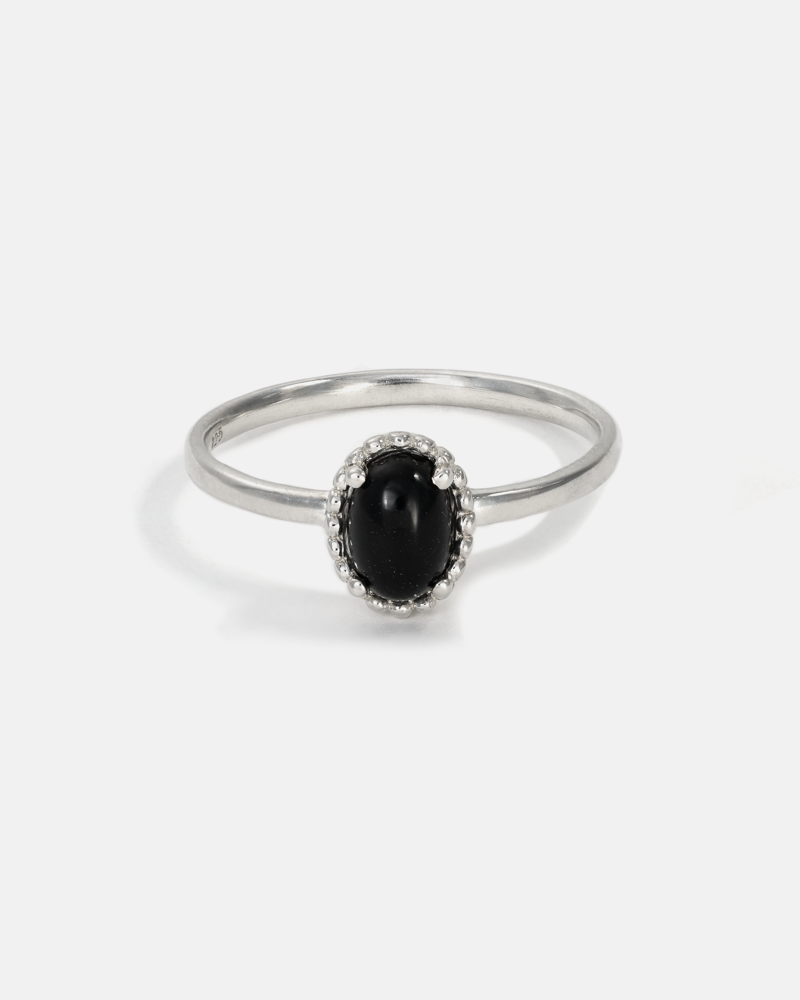 Galatée Oval Ring in Silver with Black Onyx