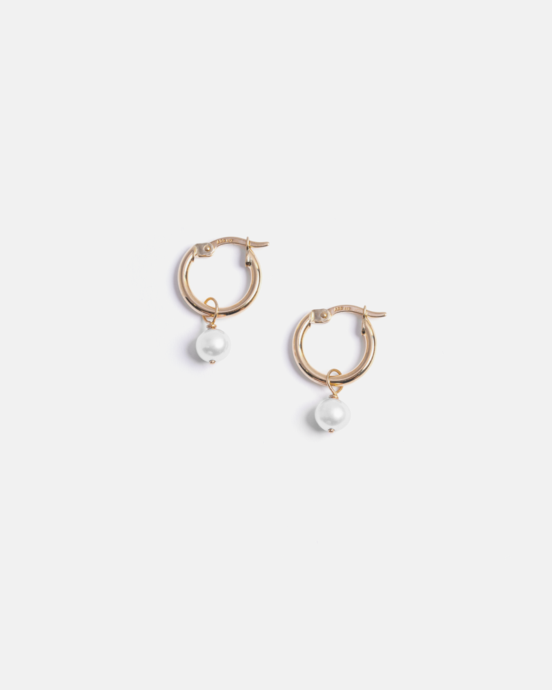Pom-pom Hoops in Yellow Gold with White Pearls
