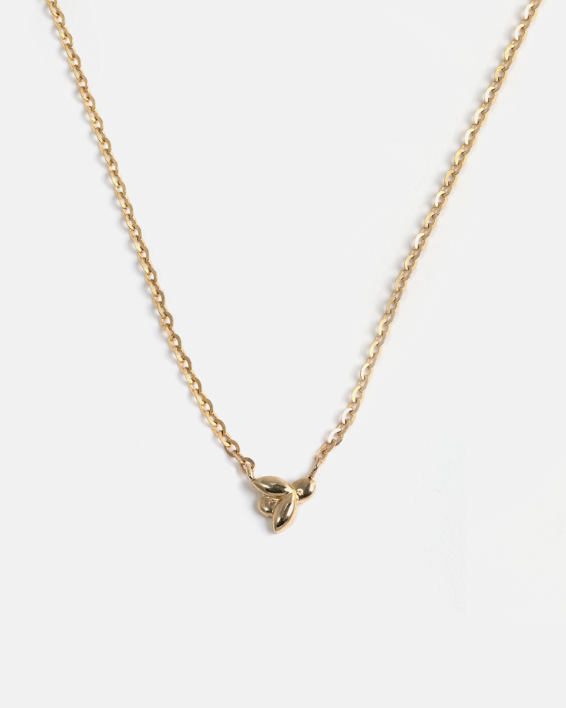 Mini Bee Necklace in Yellow Gold