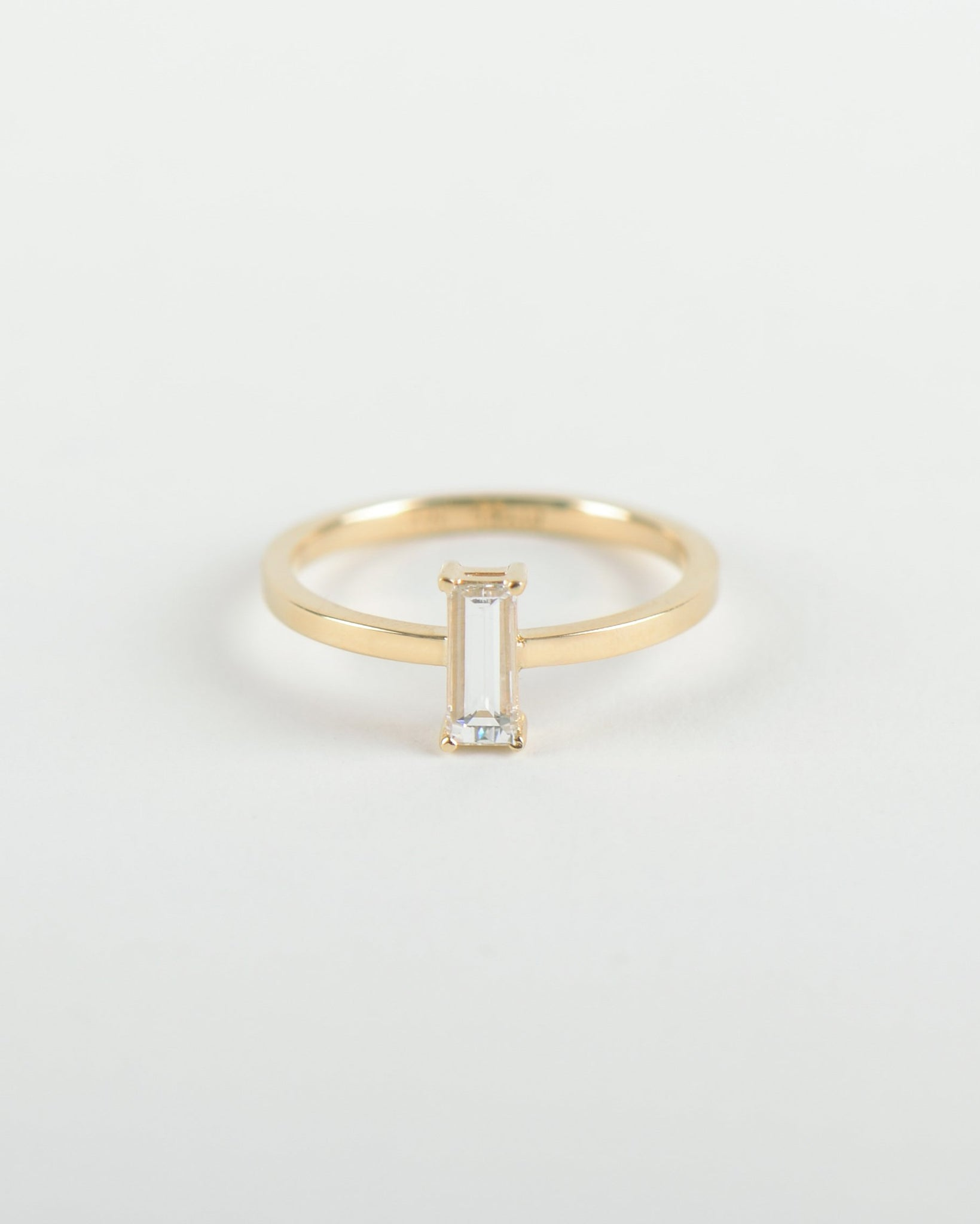 Liaisons Baguette Ring in Yellow Gold with a Diamond
