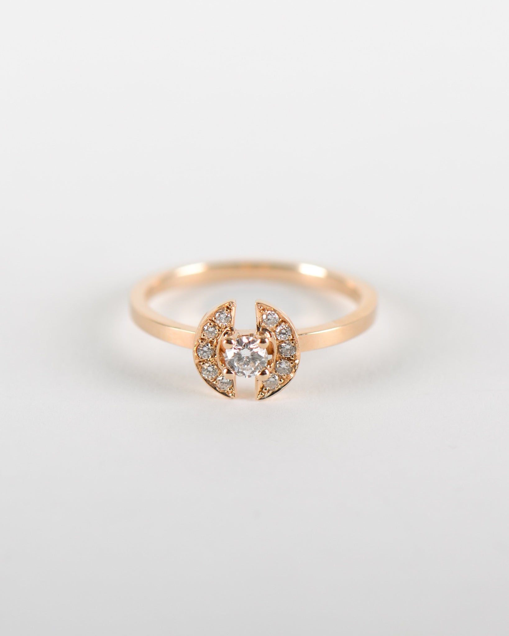 Stein Ring in Yellow Gold with Recycled Diamond