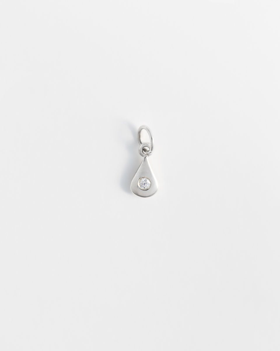 Drop Pendant in Silver & Diamond Solo