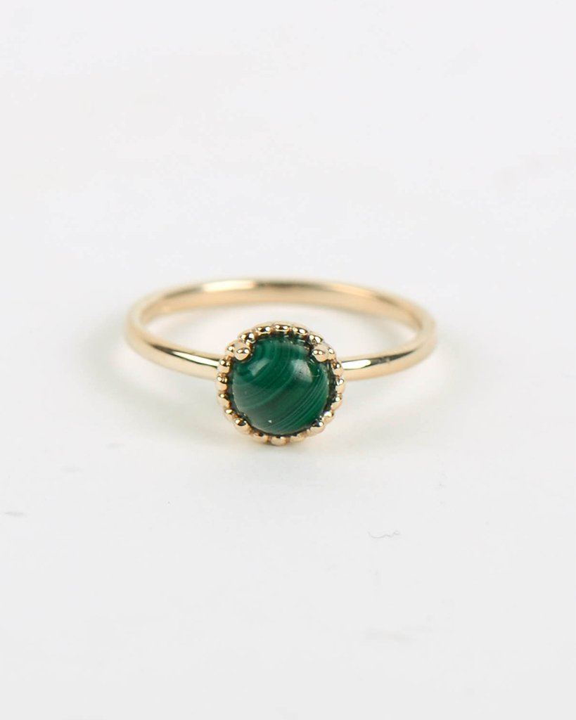 Round Galatée Ring in Yellow Gold with Malachite