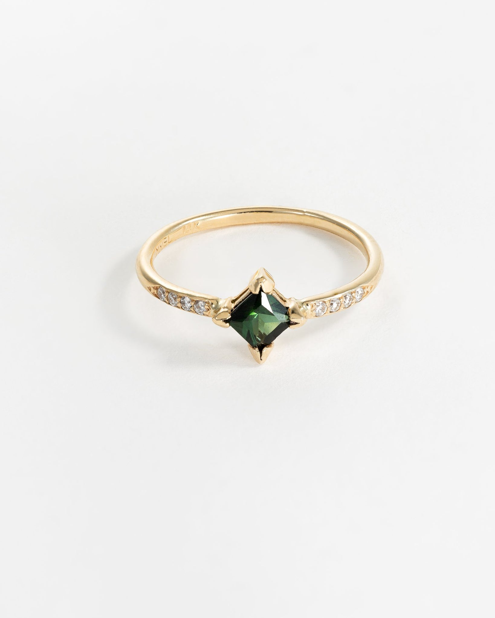 Harmony Ring in Yellow Gold with Green Tourmaline and Diamonds