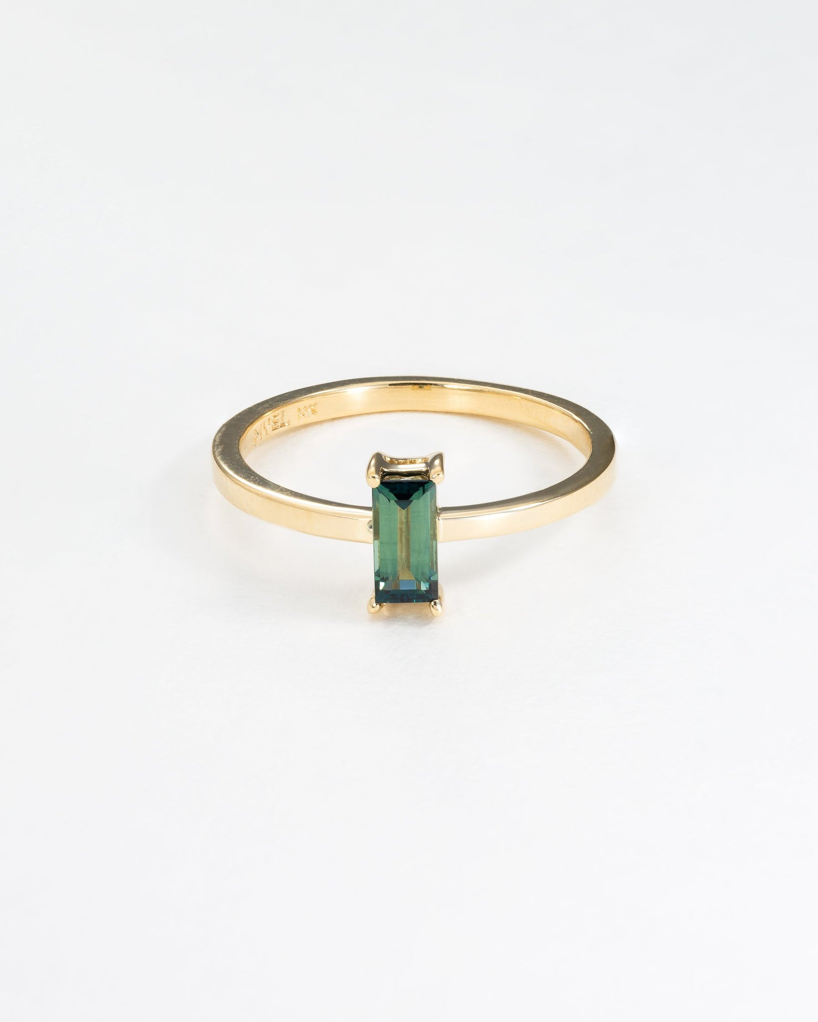 Liaisons Baguette Ring in Yellow Gold with a Green Australian Sapphire