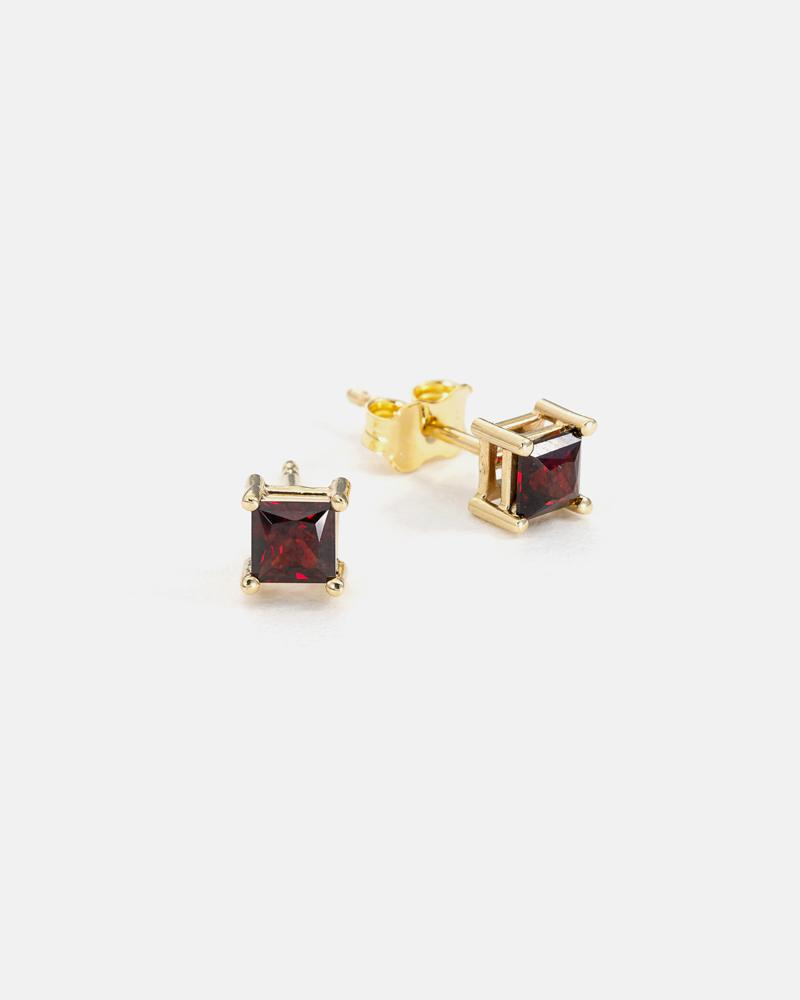 Stud Earrings in Yellow Gold with Anthill Garnet Princess cut
