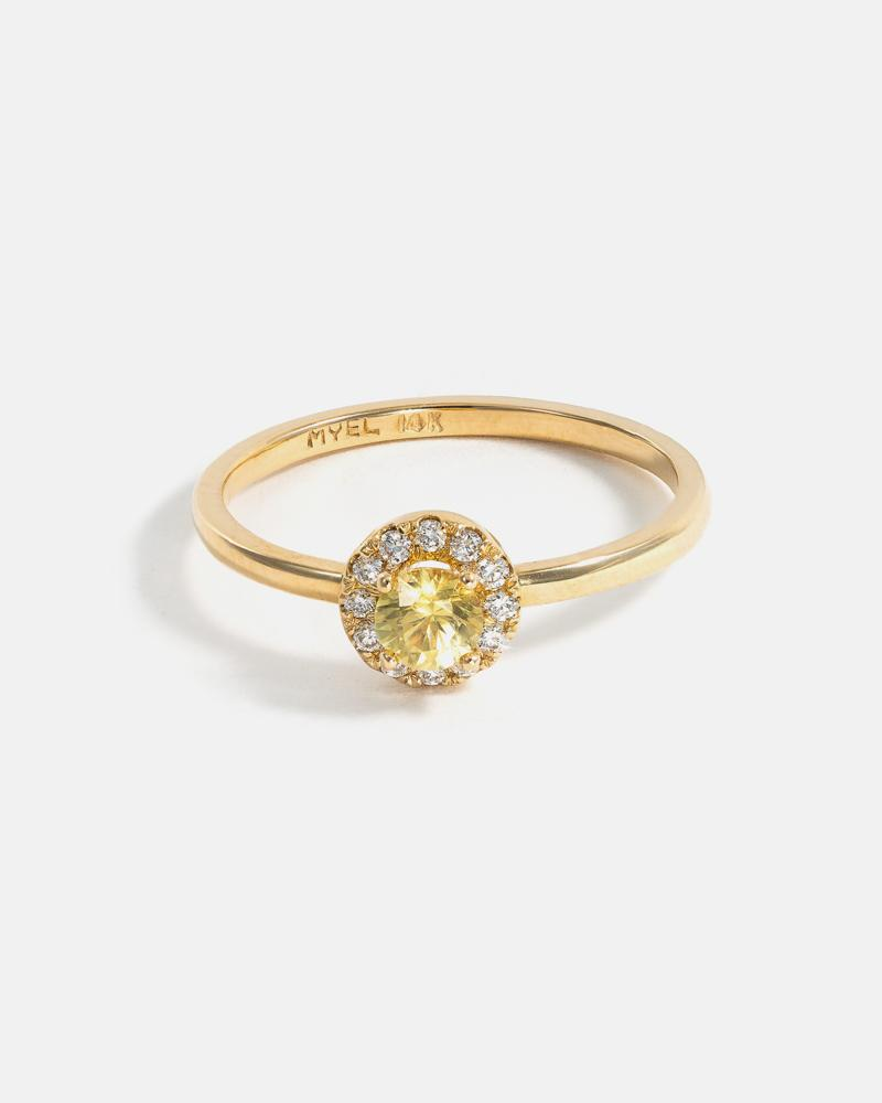 Round Halo Ring In Yellow Gold with Yellow Montana Sapphire and Diamonds