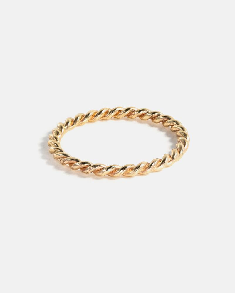 Twist Band in Yellow Gold