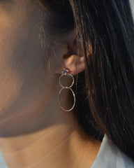 Hydromel Double hoop Earring in 14K Gold with a square tourmaline