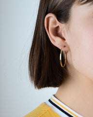 Classic Medium Fine Hoops in Yellow Gold