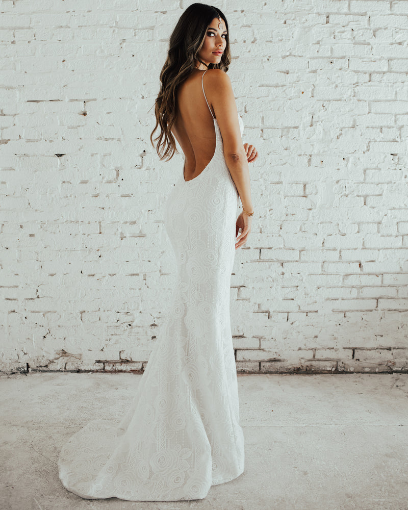 CAPE COD BRIDAL GOWN