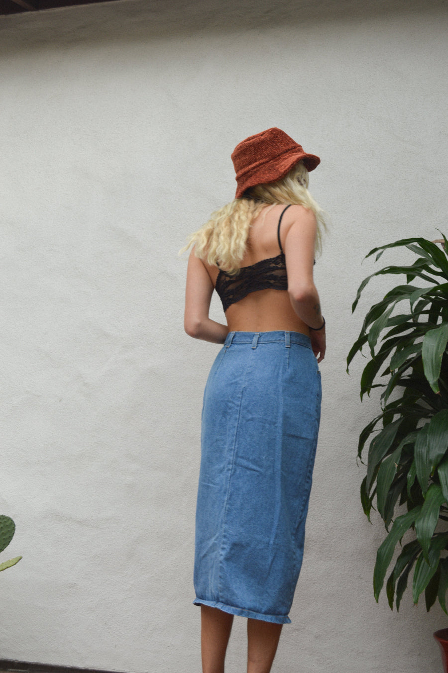 Classic Denim Midi Skirt || Aesthetic Clothing, Boho Clothing, 70s Clothing, Retro Clothing, Denim Skirt, High-Waisted Skirt, Boho Skirt