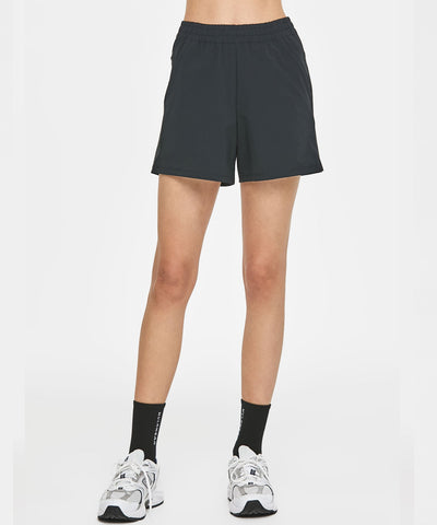 Modern shape short pants - Black